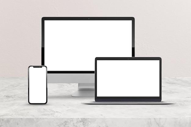 Компьютер, телефон и ноутбук макет сцены