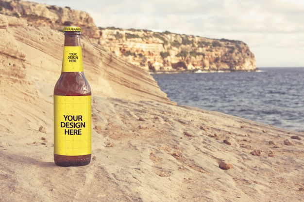 砂岩ビーチビールモックアップ