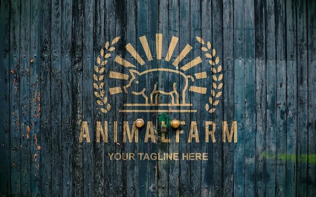Макет логотипа старой двери