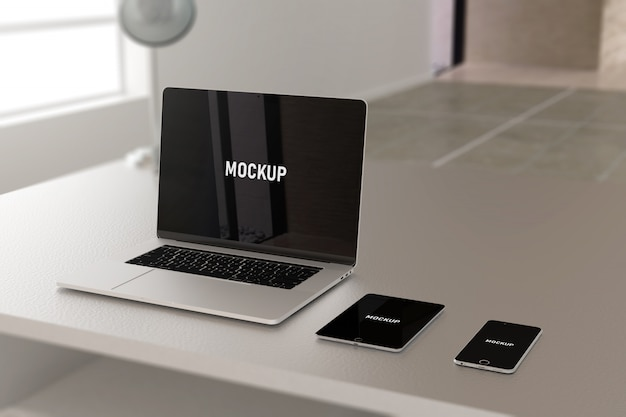 Ноутбук и мобильный макет