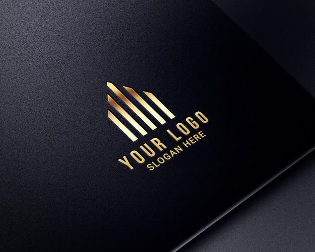 Реалистичные роскошные золотые логотипы-макеты