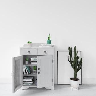 植物とモダンなインテリアデザイン家具