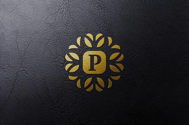 革に黄金の高級ロゴのモックアップ