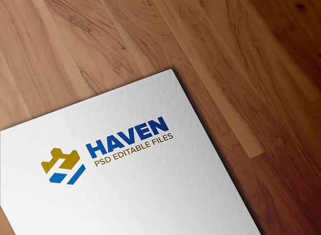 Реалистичный макет логотипа из бумаги