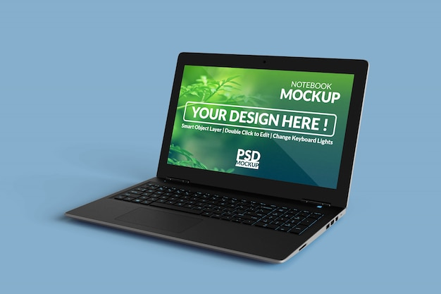直角等角図でモックアップ画面を備えたラップトップコンピューターデバイス