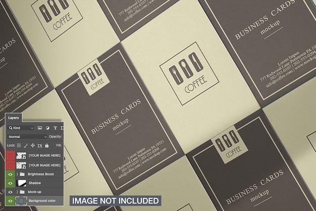Вид сверху вертикального макета визитки