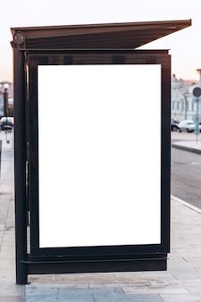 街の通り、バス停、モックアップ、シーンクリエーターの看板