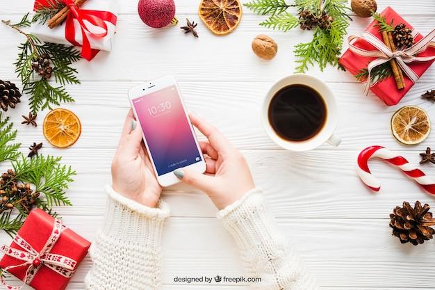 Смартфонский макет с рождественским дизайном