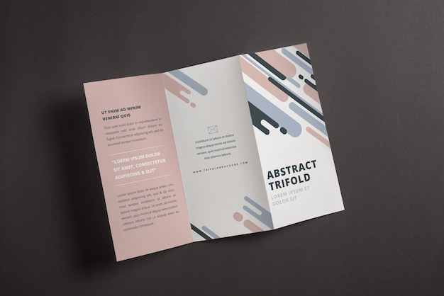 抽象的なトリフォールドのパンフレットのモックアップ