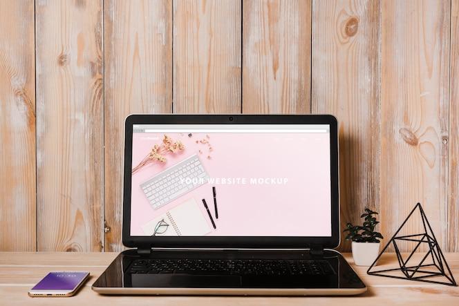 Декоративный макет ноутбука