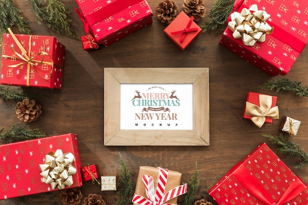 フレームのモックアップとトップビューのクリスマスの組成