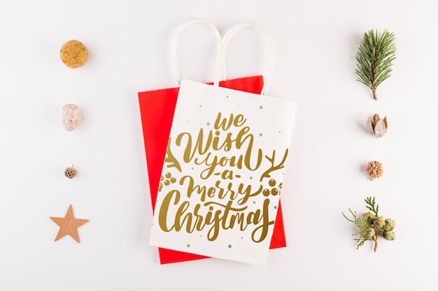 Макет сумка для покупок с рождественской концепцией
