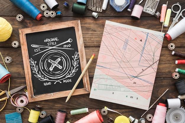 縫製コンセプトのスレートモックアップ