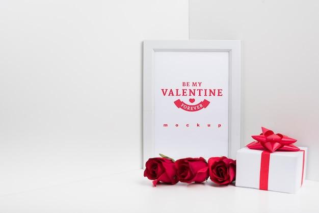 バレンタインコンセプトのフレームモックアップ