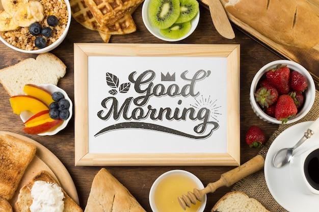 朝食のコンセプトを持つフレームモックアップ