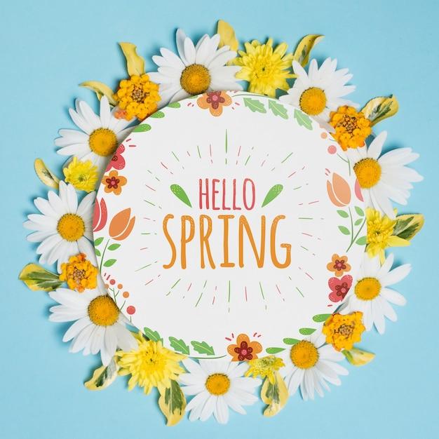 春の花と丸い紙テンプレート