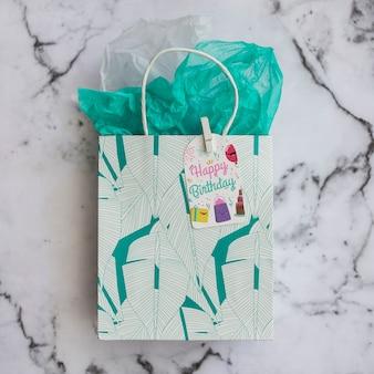 誕生日プレゼントバッグモックアップ