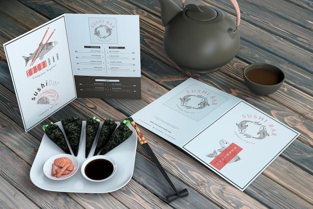 クリエイティブ寿司バーメニューのモックアップ