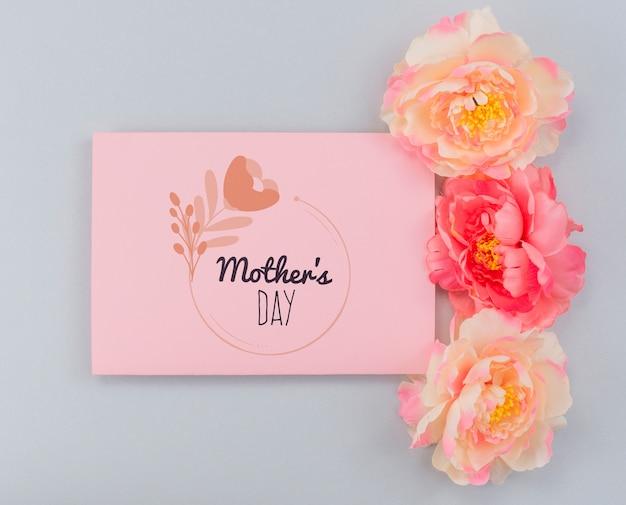 フラットレイアウトの母の日カードモックアップ