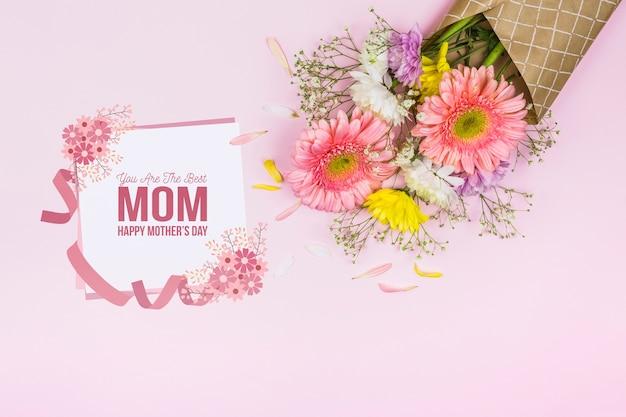 花と母の日カードモックアップ