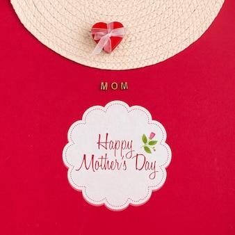 Макет этикетки с концепцией дня матери