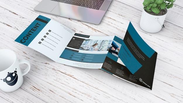 Четырехкратный макет брошюры