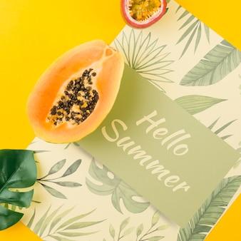 夏の概念のフラットレイアウトカードモックアップ