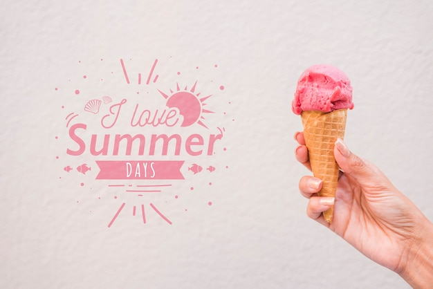 Летние надписи фон с мороженым