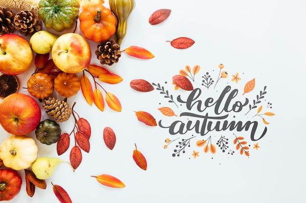 こんにちは、白い背景の上の秋の引用