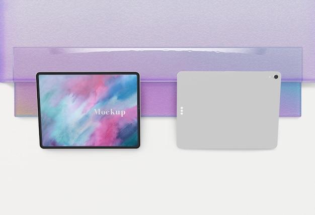 デジタルタブレットの正面図と背面図