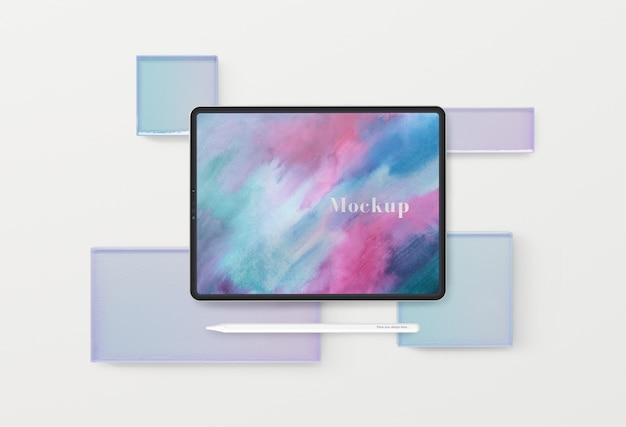 さまざまなガラス形状のタブレットデバイス