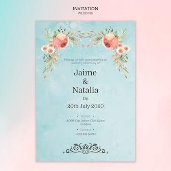 ピンクのバラと結婚式の招待状