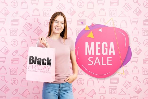 Мегса продажа баннер с красивой женщиной
