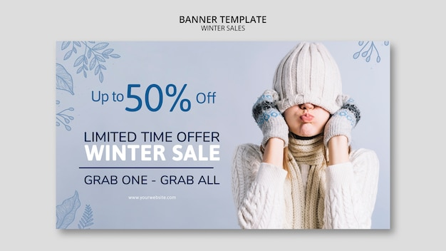 Зимняя распродажа баннер шаблон с женщиной
