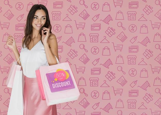 ファッショナブルな女性のショッピングの日
