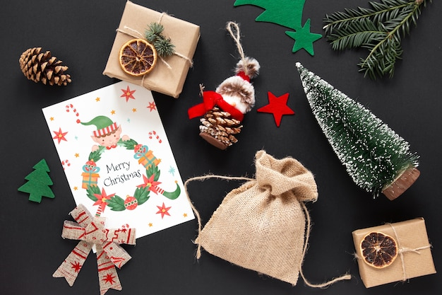 Вид сверху рождественские элементы с макетом