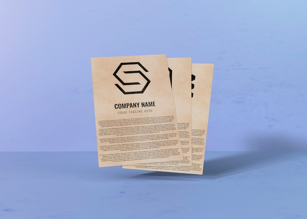 契約のモックアップ用紙と会社ロゴのスペース