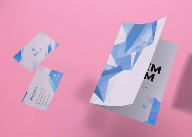 Флаер и визитная карточка бренда компании макет бумаги