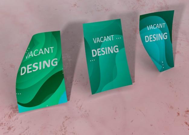 緑の液体水彩効果ブランド会社ビジネスモックアップ紙