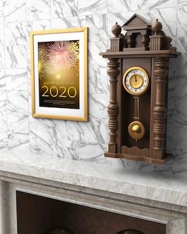 壁に新年メッセージ付きフレーム