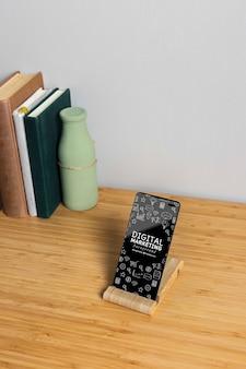 デジタルマーケティング電話のモックアップ