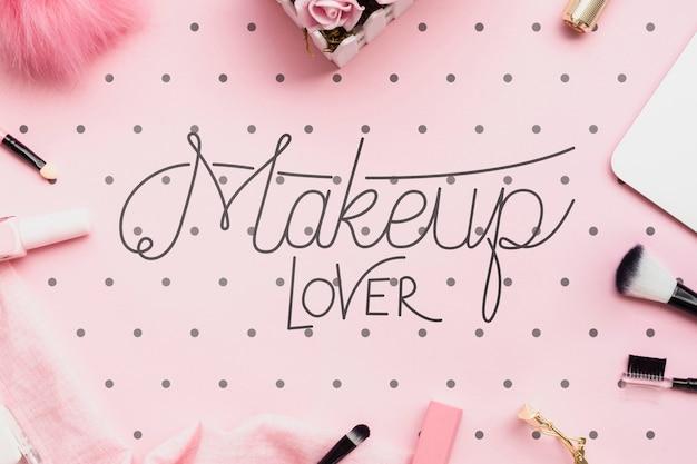 Вид сверху макета концепции аксессуаров для макияжа