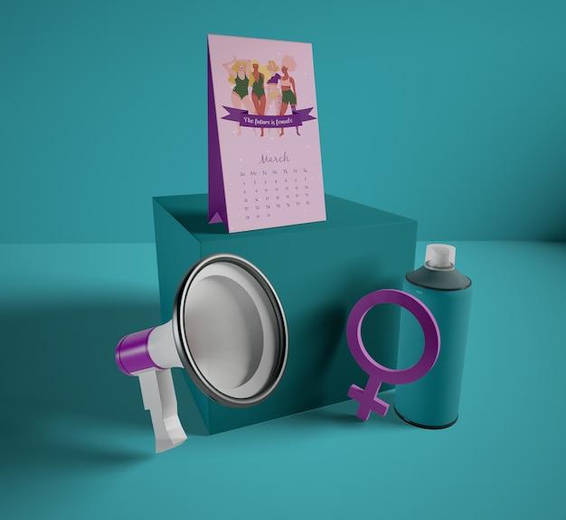 Международный женский день календарь