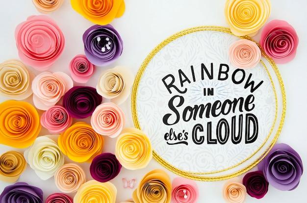 Цветочная рамка с позитивным посланием