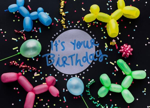 Разноцветные воздушные шары с надписью