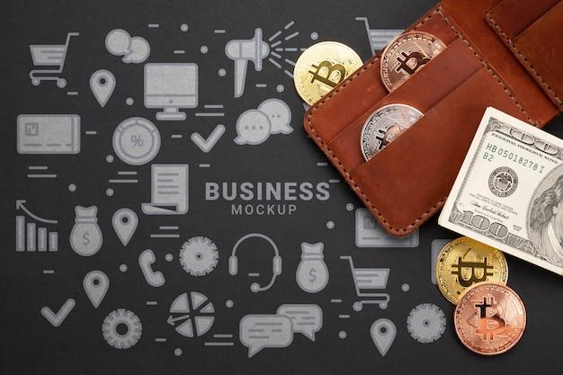 Вид сверху на криптовалюту и деньги