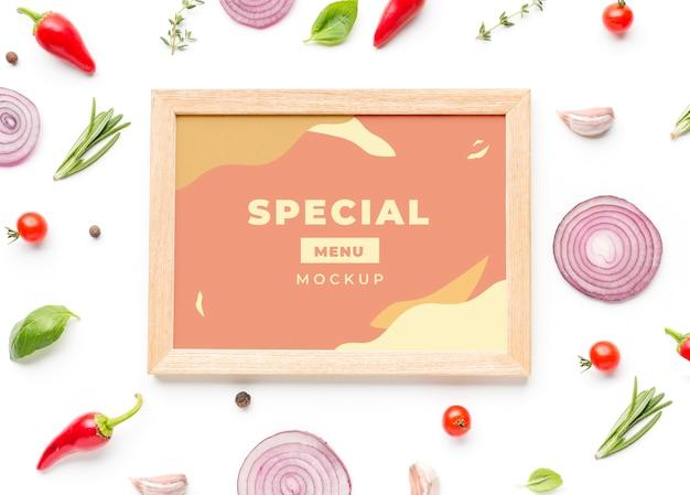 Рамка в пастельных тонах с расположением овощей