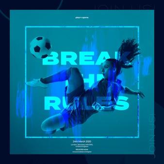 Шаблон баннера со спортивной женщиной и футболом