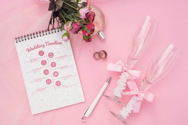 結婚式のアイデアとグラスシャンパンのメモ帳