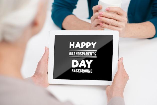 幸せな祖父母の日の概念